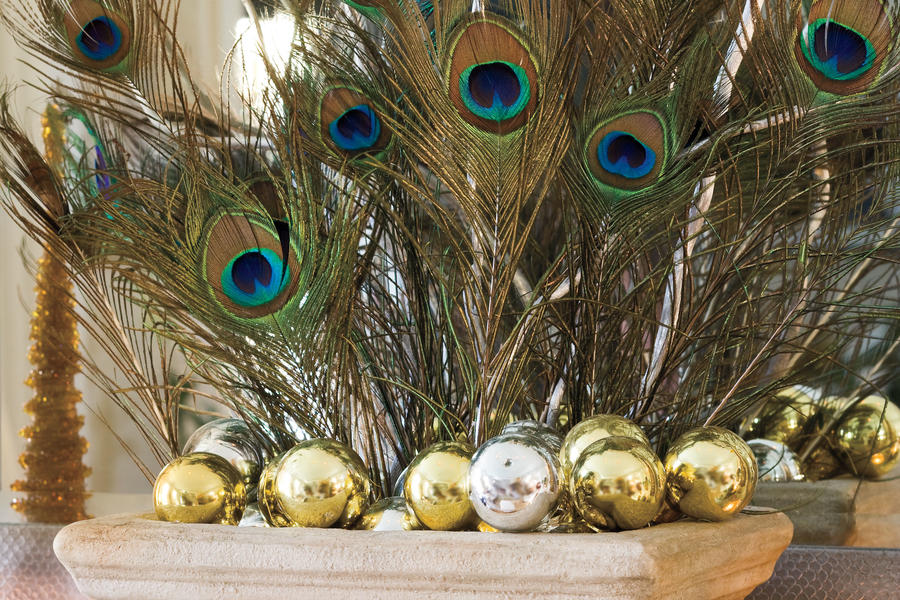 Christmas Decorating Ideas: Peacock Feathers