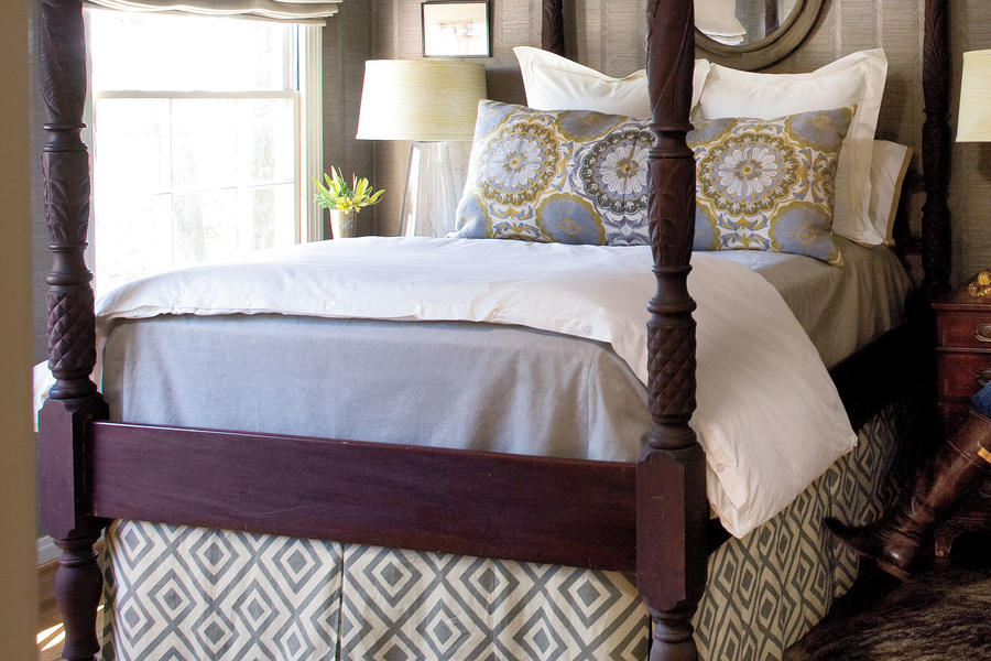 Guest Bedroom Makeovers: Beds
