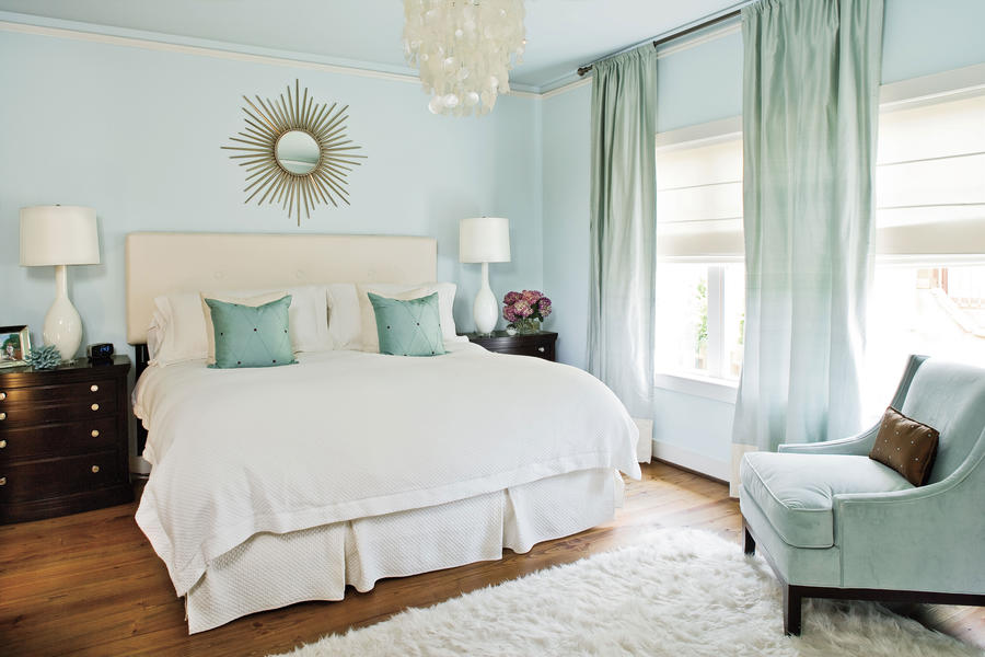 Crisp and Clean. Crisp and Clean   Master Bedroom Decorating Ideas   Southern Living