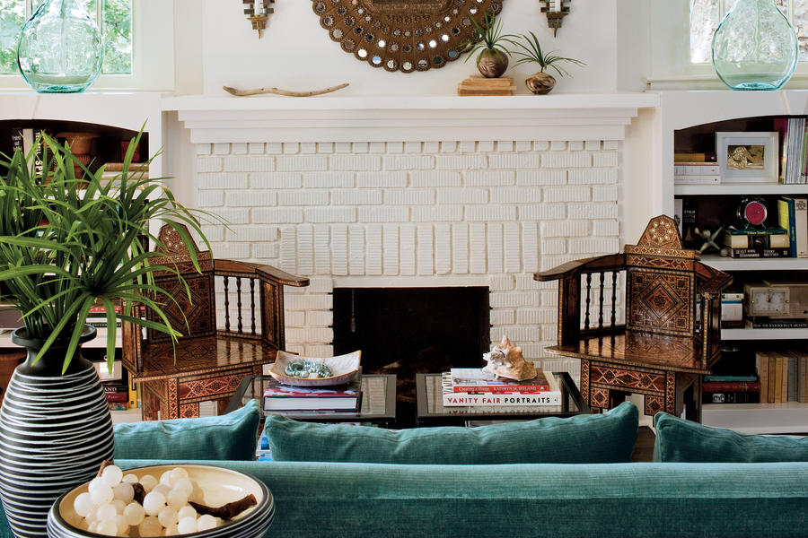 After bungalow renovation living room best before and - Living room renovation before and after ...