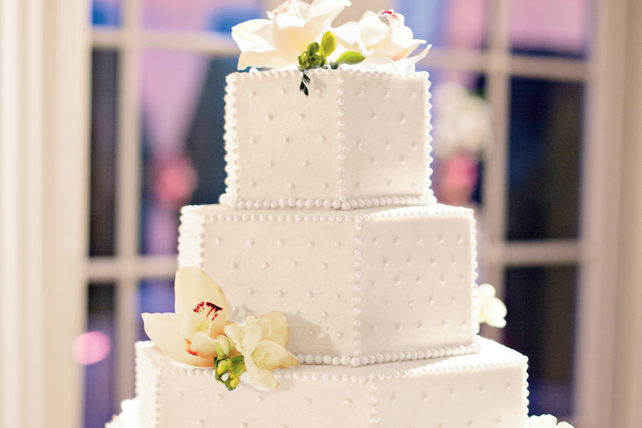 Pearl-Accented Wedding Cake