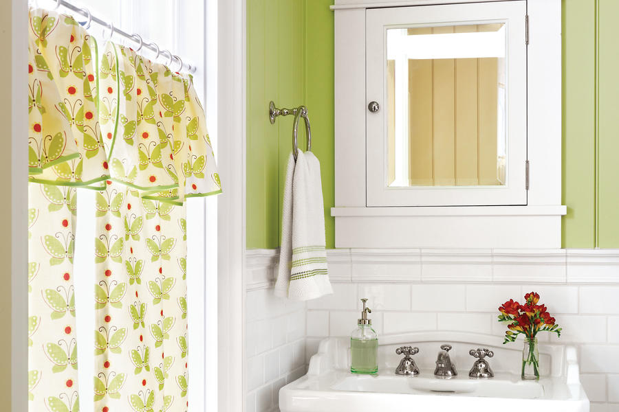 Pair a Bold Color with Clean White