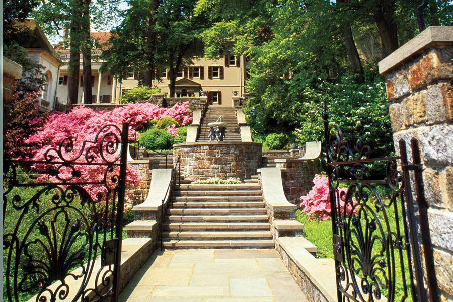 Best Southern Travel Destinations: Winterthur Museum and Country Estate