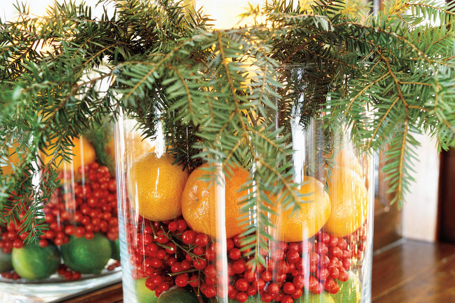Christmas Decorating Idea: Hurricane Arrangement