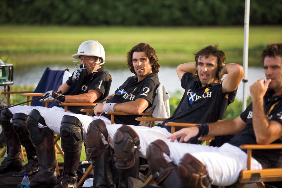 picture of polo player Nacho Figueras and his Black Watch teammates