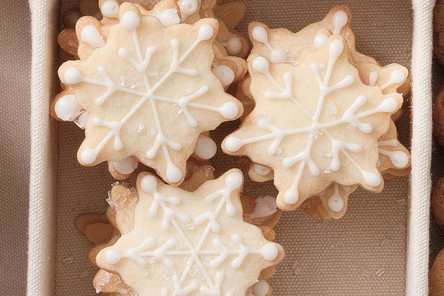 Christmas Cookie Recipes: Snowflake Shortbread