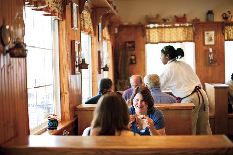 Southern Diner Restaurants: Mama Dip's Kitchen, Chapel Hill, NC
