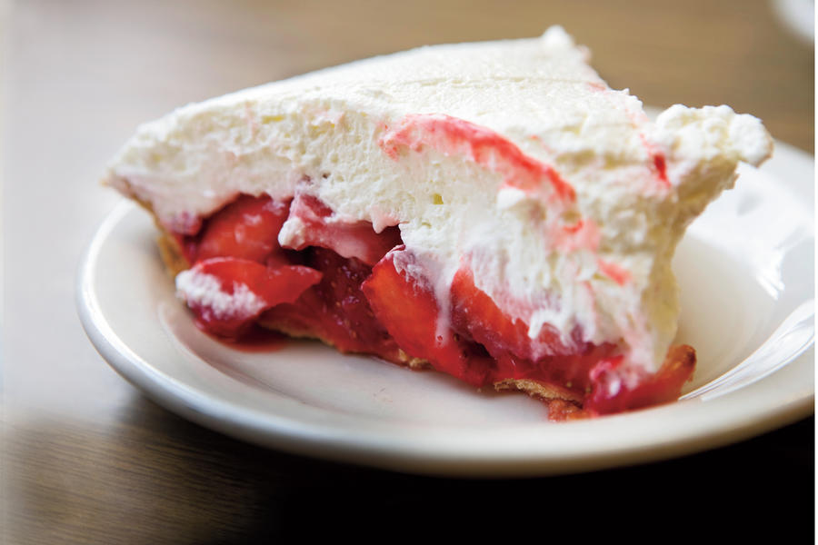 Southern Diner Restaurants: Strawn's Strawberry Glaze
