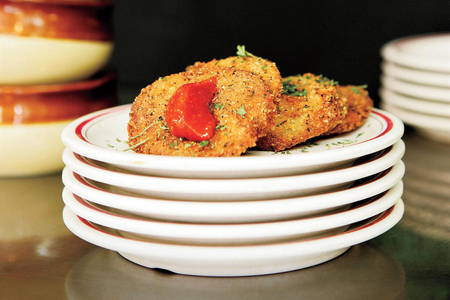 Southern Diner Restaurants: Arnold's Fried Green Tomatoes