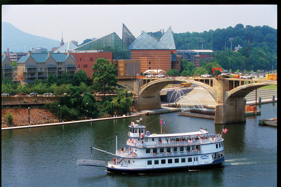 Weekend Guide • Chattanooga, TN