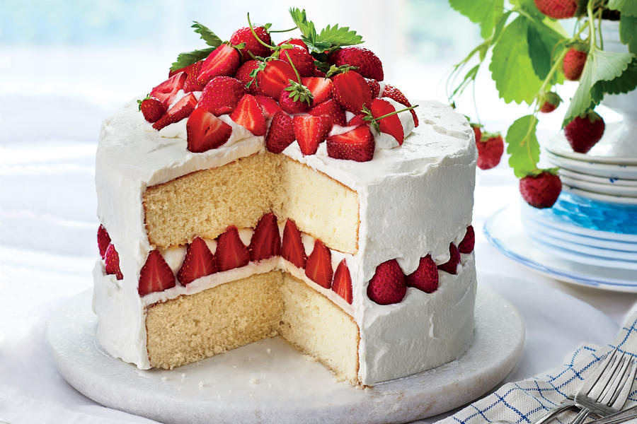 Strawberry dream cake may 2016 recipes southern living Bhg recipes may 2016