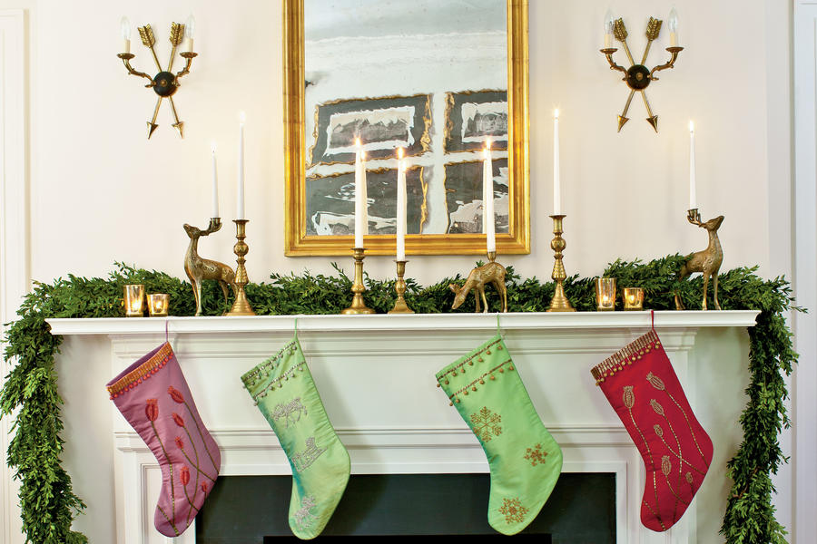 Sarah Tuttle Christmas Fireplace Mantel