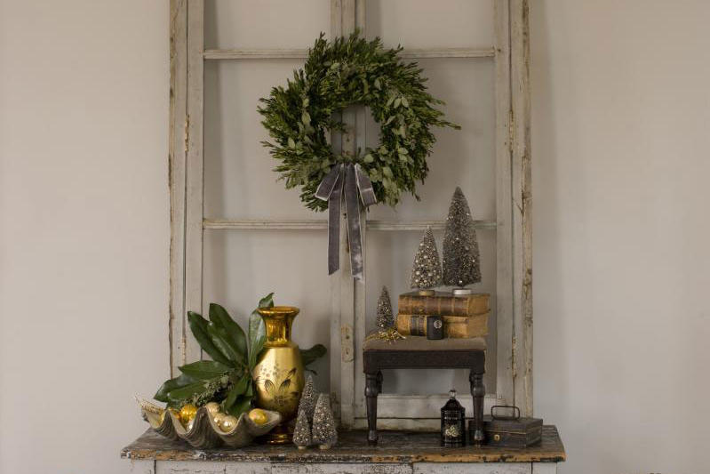 Vintage Christmas Decorations: Window Frames