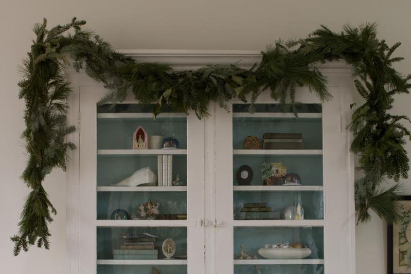 Vintage Christmas Decorations: Garlands