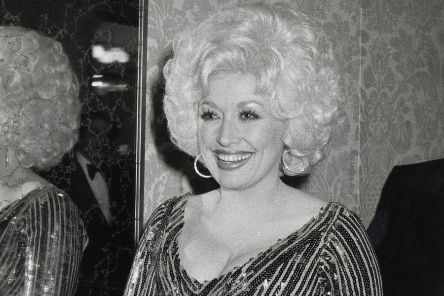 Dolly Parton Red Carpet 1981