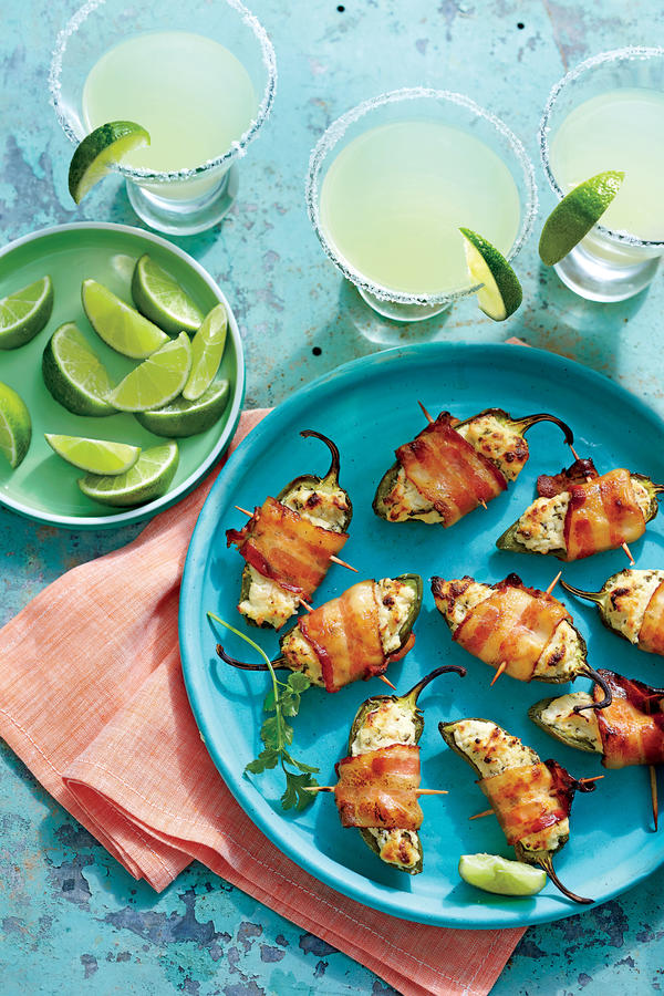 Easy Pool Party Food Ideas tropical guacamole Party Poppers