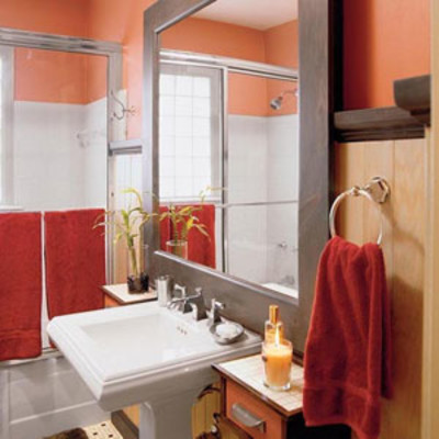Bathroom ideas and bathroom design ideas southern living for Small bathroom makeovers