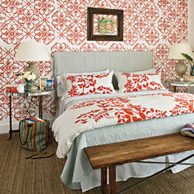 Master bedrooms bold pattern master bedroom decorating for Bold bedroom ideas