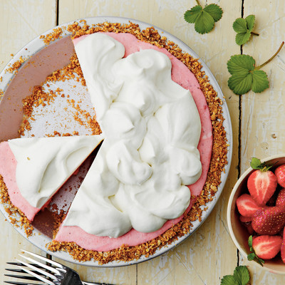 Strawberry-Pretzel Icebox Pie Recipe - 52 Fresh & Juicy Strawberry ...