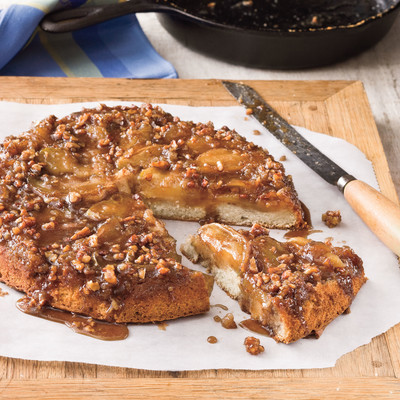 Iron Skillet Recipes: Upside-Down Caramelized Apple Cake - Cast Iron ...