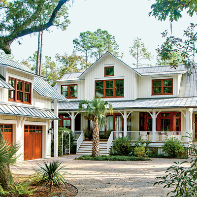 Lowcountry style house southern living for Southern living detached garage plans