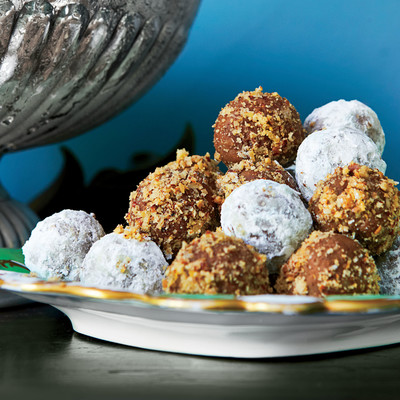 Bourbon Balls - Best-Loved Cookie Recipes and Bar Recipes - Southern ...