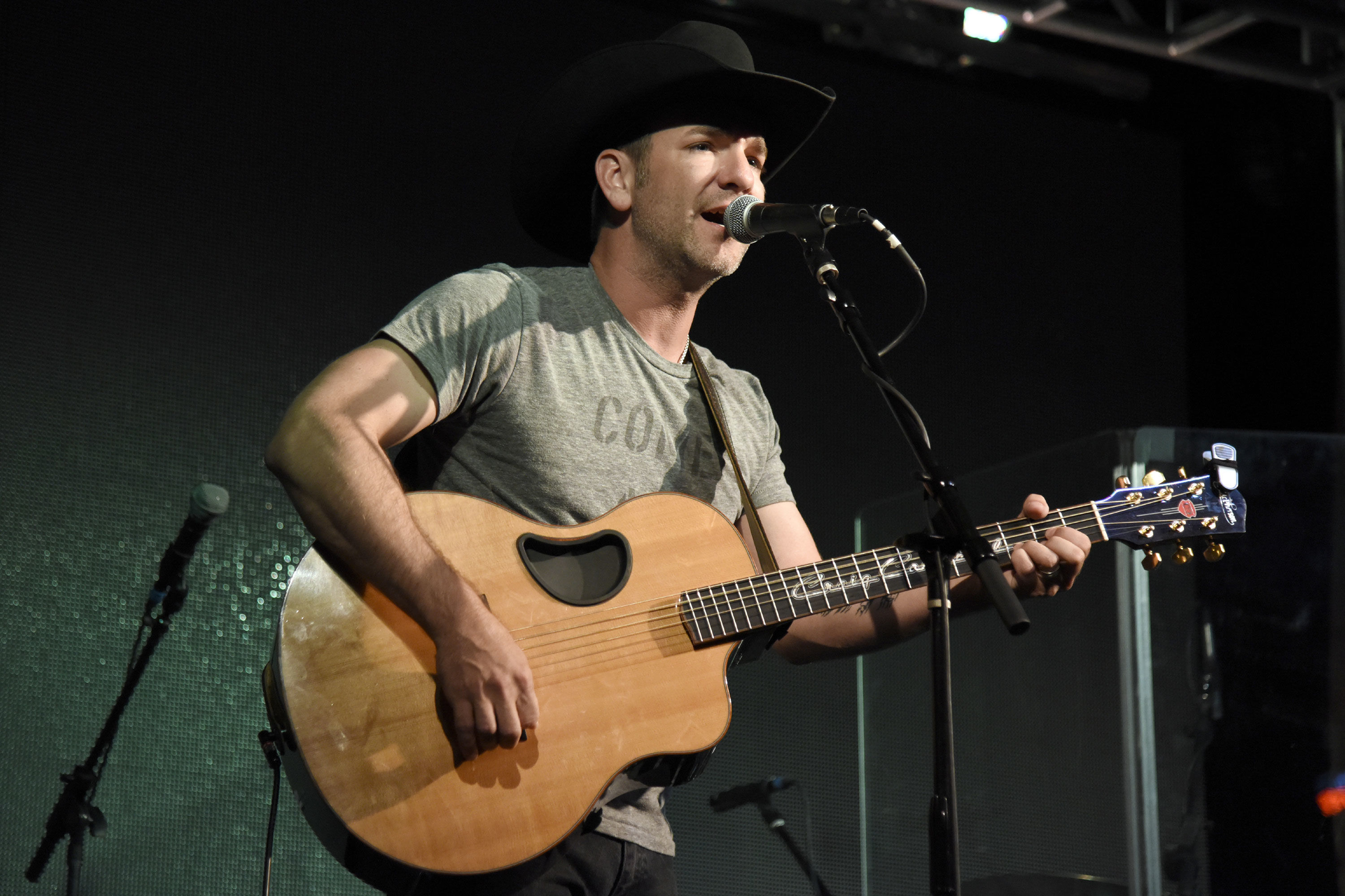 Craig Campbell On Being A Dad, His U.S.O. Tour & Fried Pork Chops