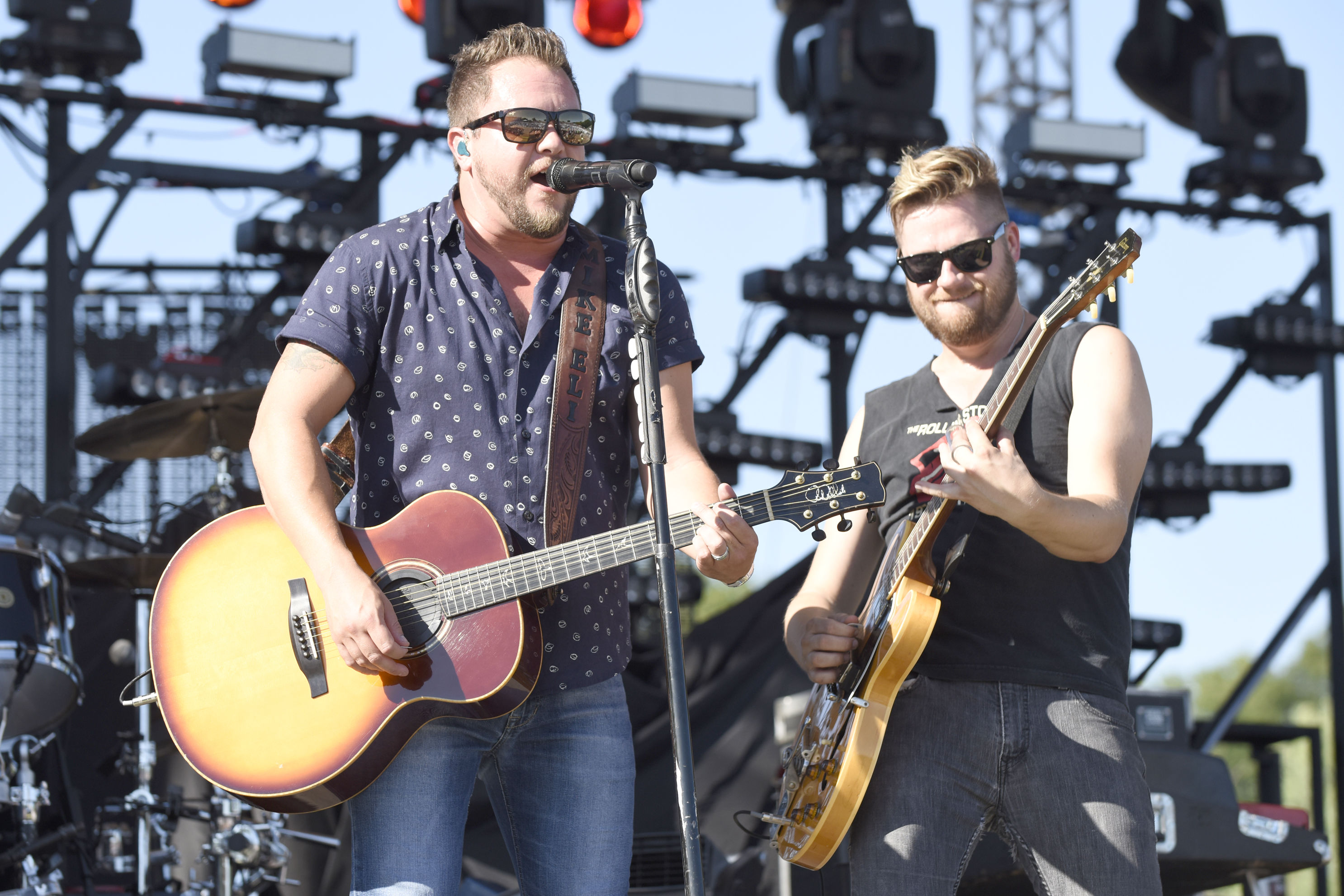 "Eli Young Band on ""Saltwater Gospel,"" the Beaches They Love, and Family"