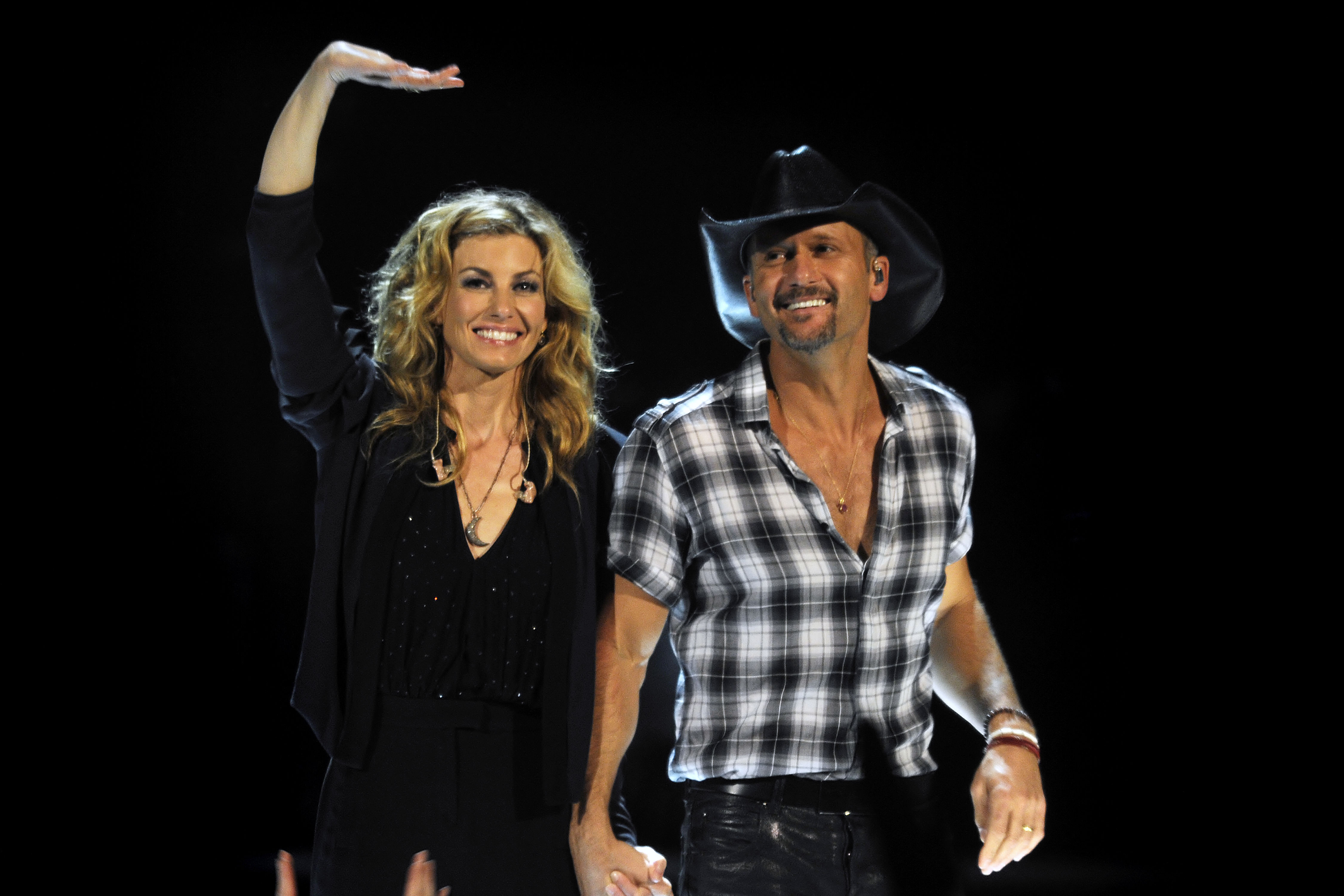 Faith Hill and Tim McGraw Are Going All-Out for Christmas This Year