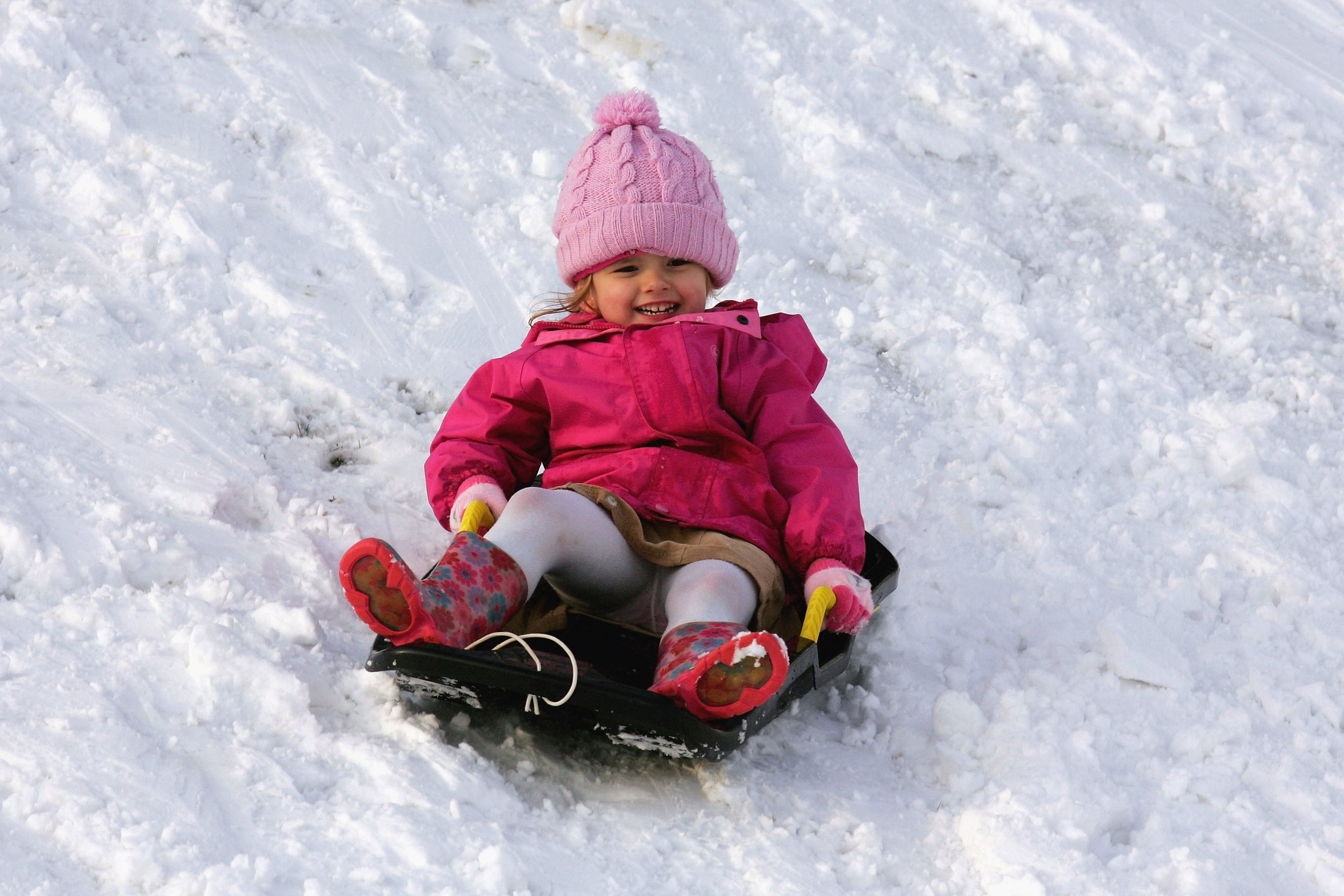 6 Ways to Stay Safe In (and Enjoy!) the Snow