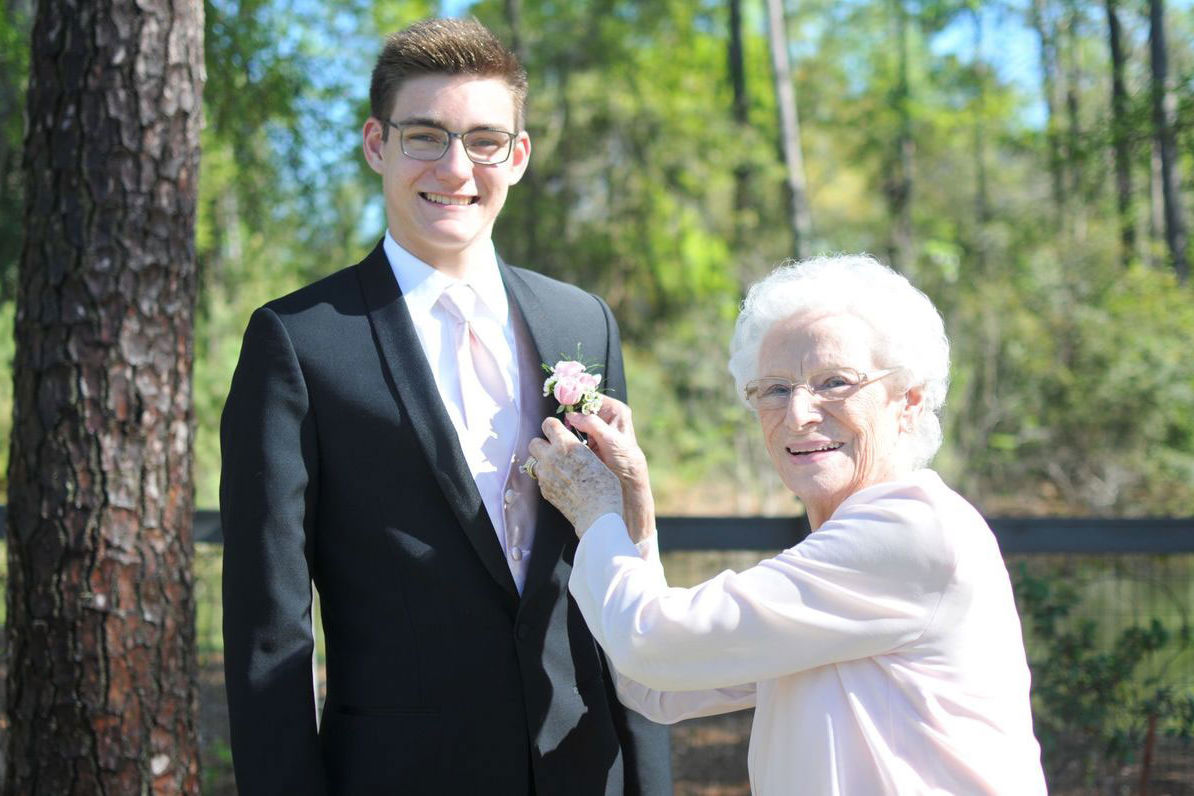 This High School Junior Took His 93-Year-Old Grandma To Prom