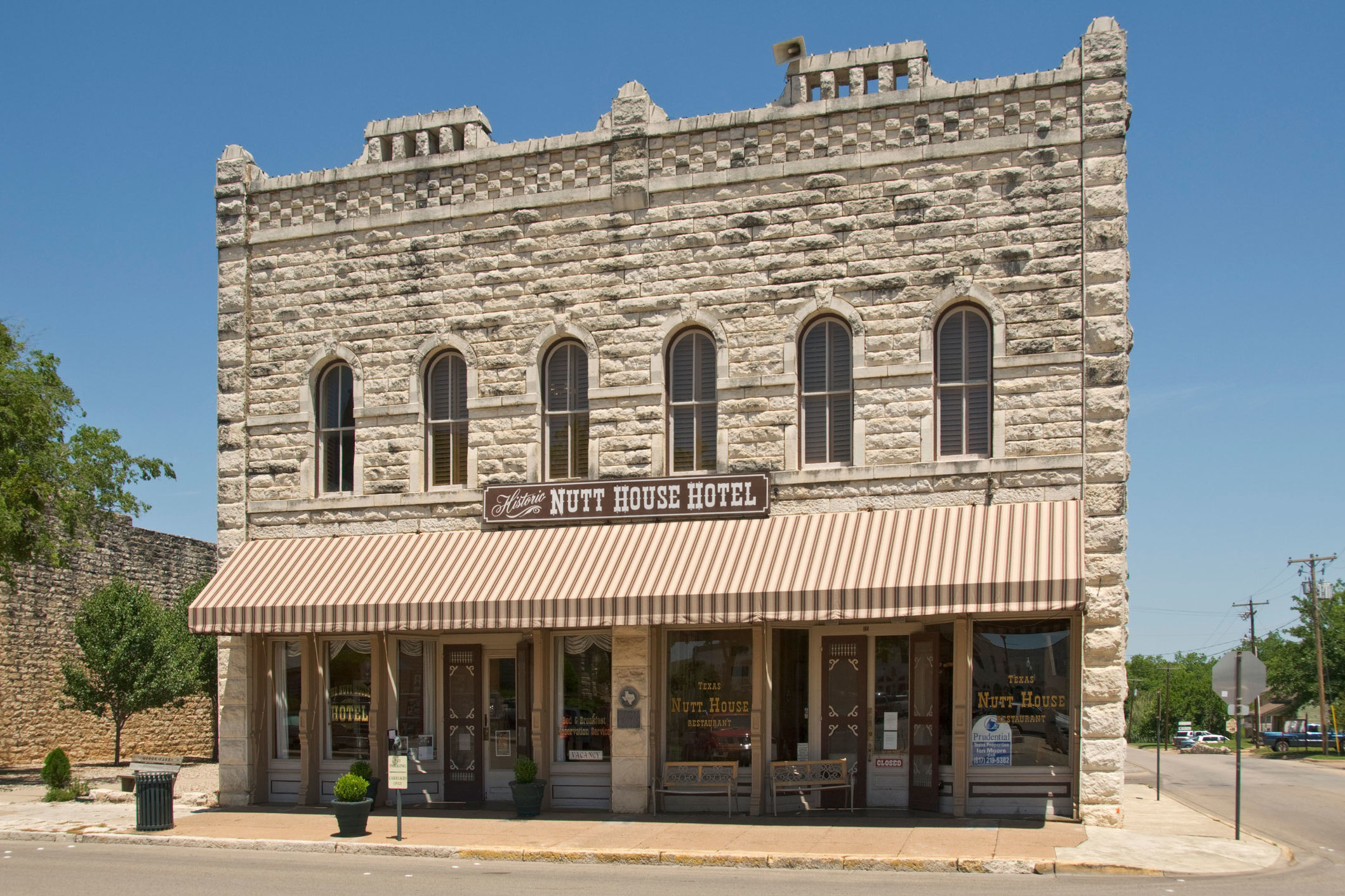 10 Must-Visit Spots in Granbury, Texas