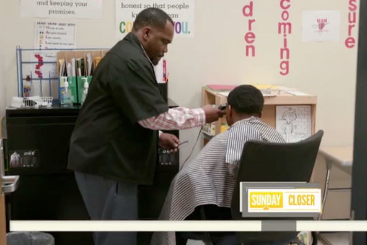 Tennessee Barber Gives Free Haircuts to Elementary School Students Who Do Their Homework