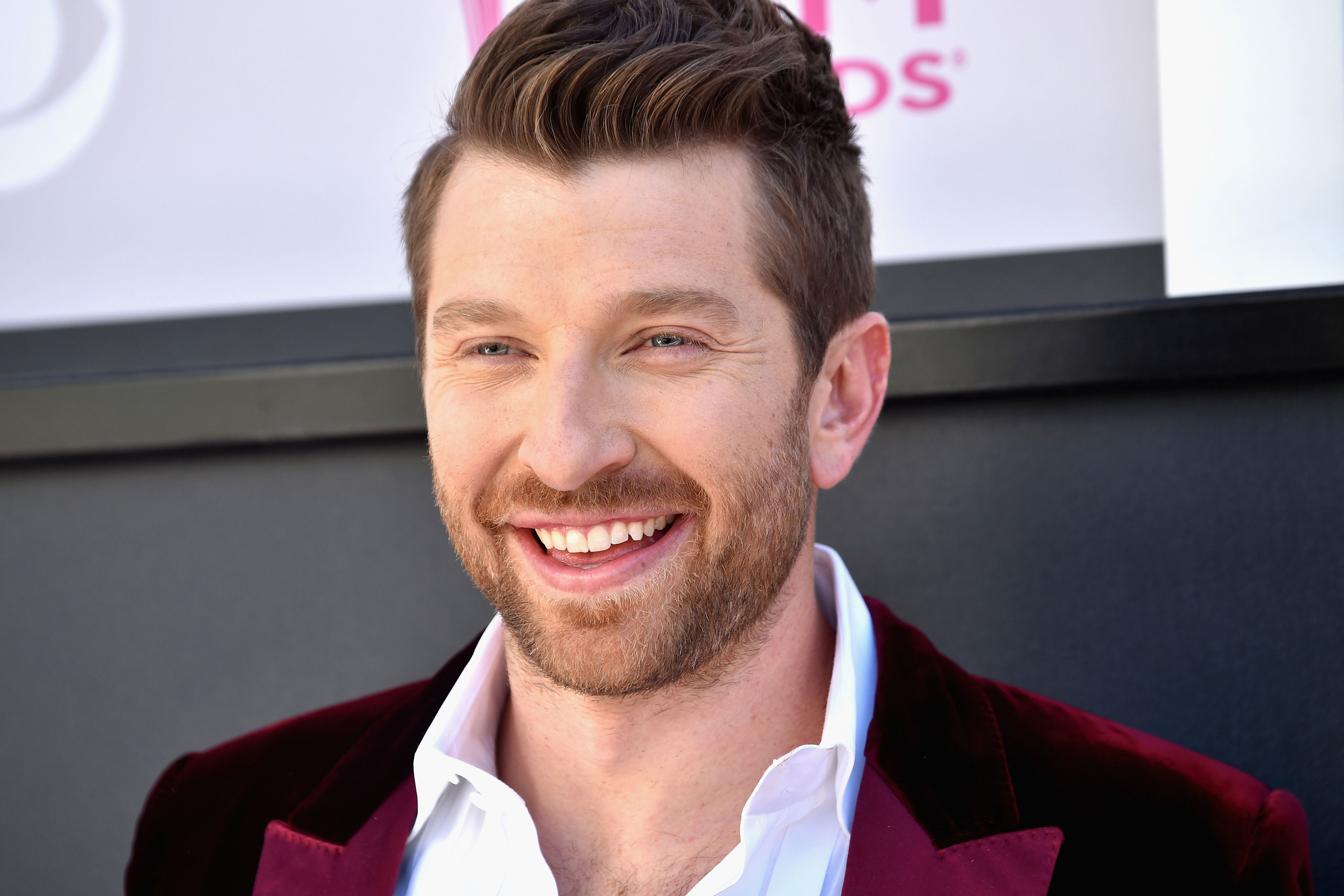 Brett Eldredge On <em>Rock The South</em>, Fried Chicken &amp; His Ideal Woman