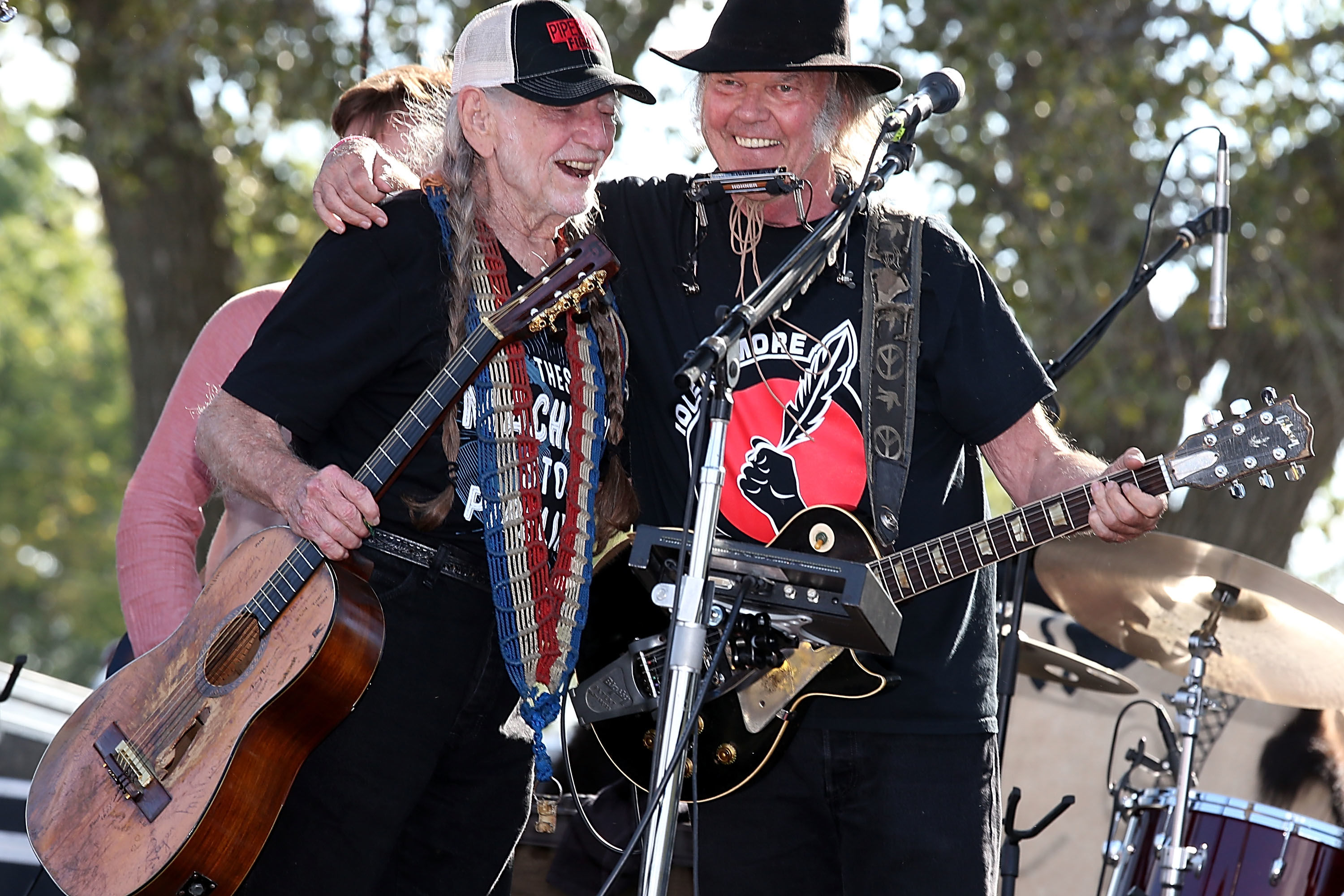 Willie Nelson and Neil Young Have Some Exciting News for You