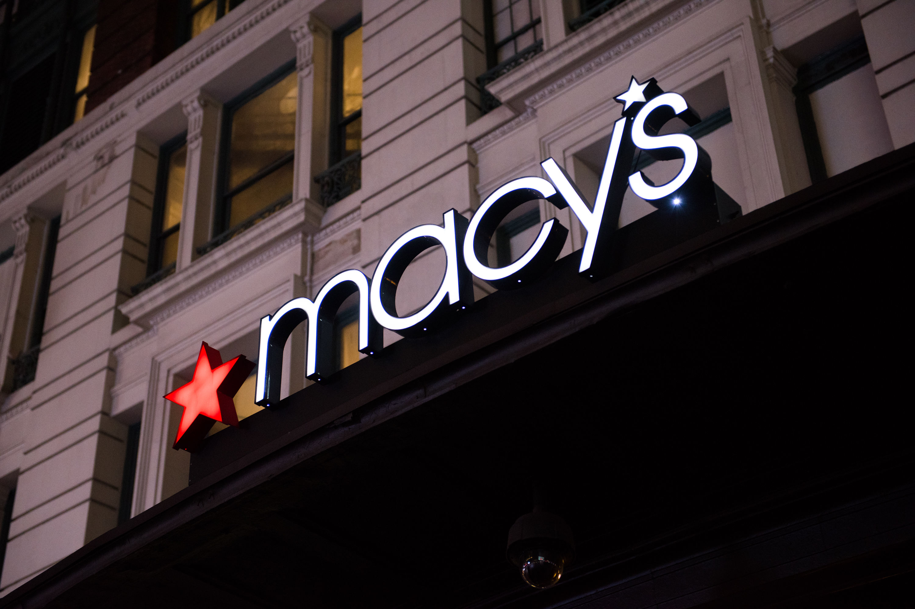 This Genius Tip Will Get You Free Shipping from Macy's
