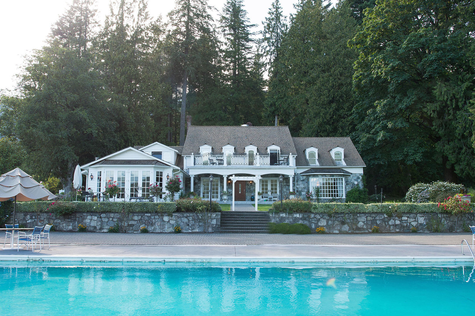 You Can Stay at This Beautiful Hotel Where 5 Hallmark Channel Movies Were Filmed