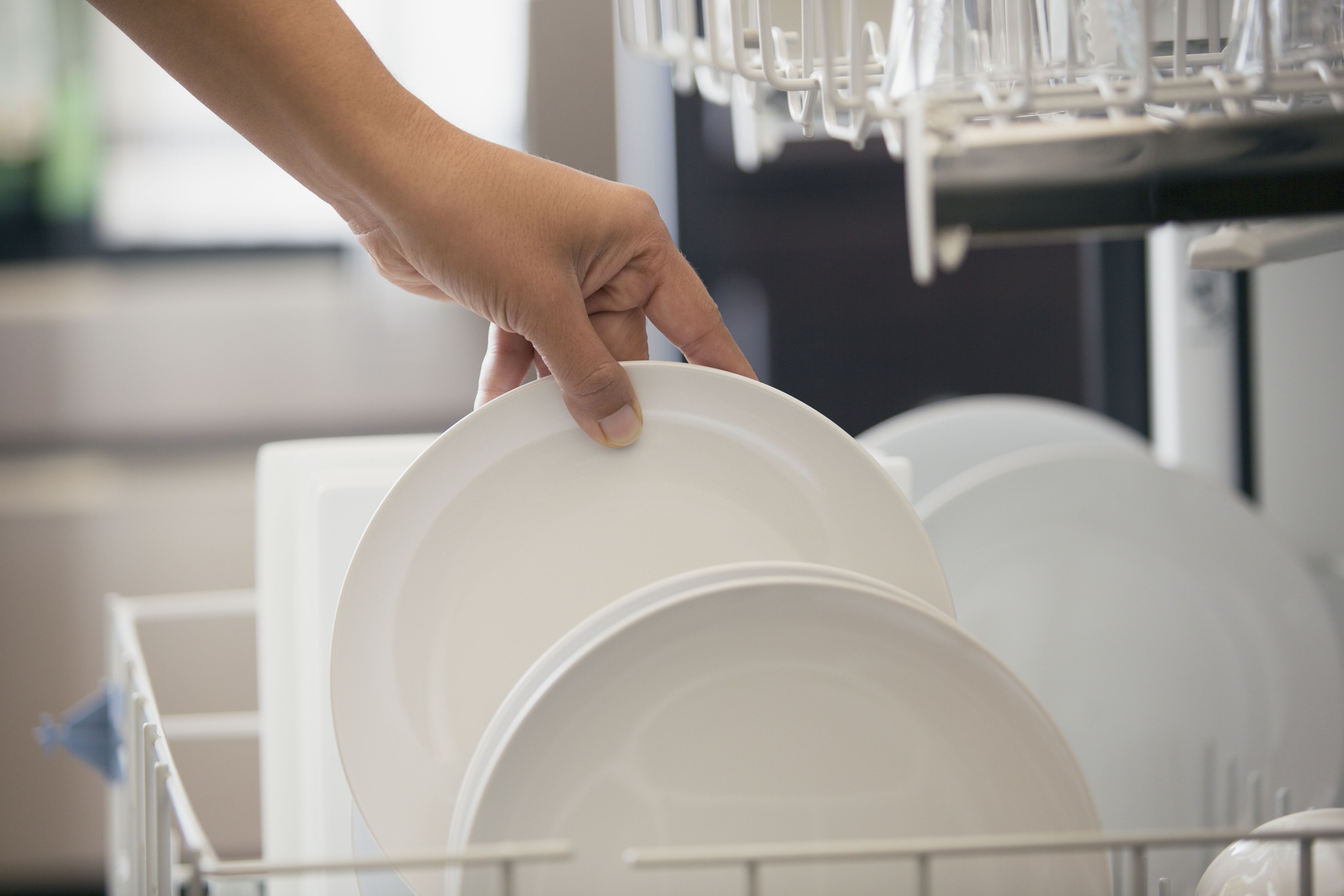 11 Things You Should Never (Ever!) Put in Your Dishwasher