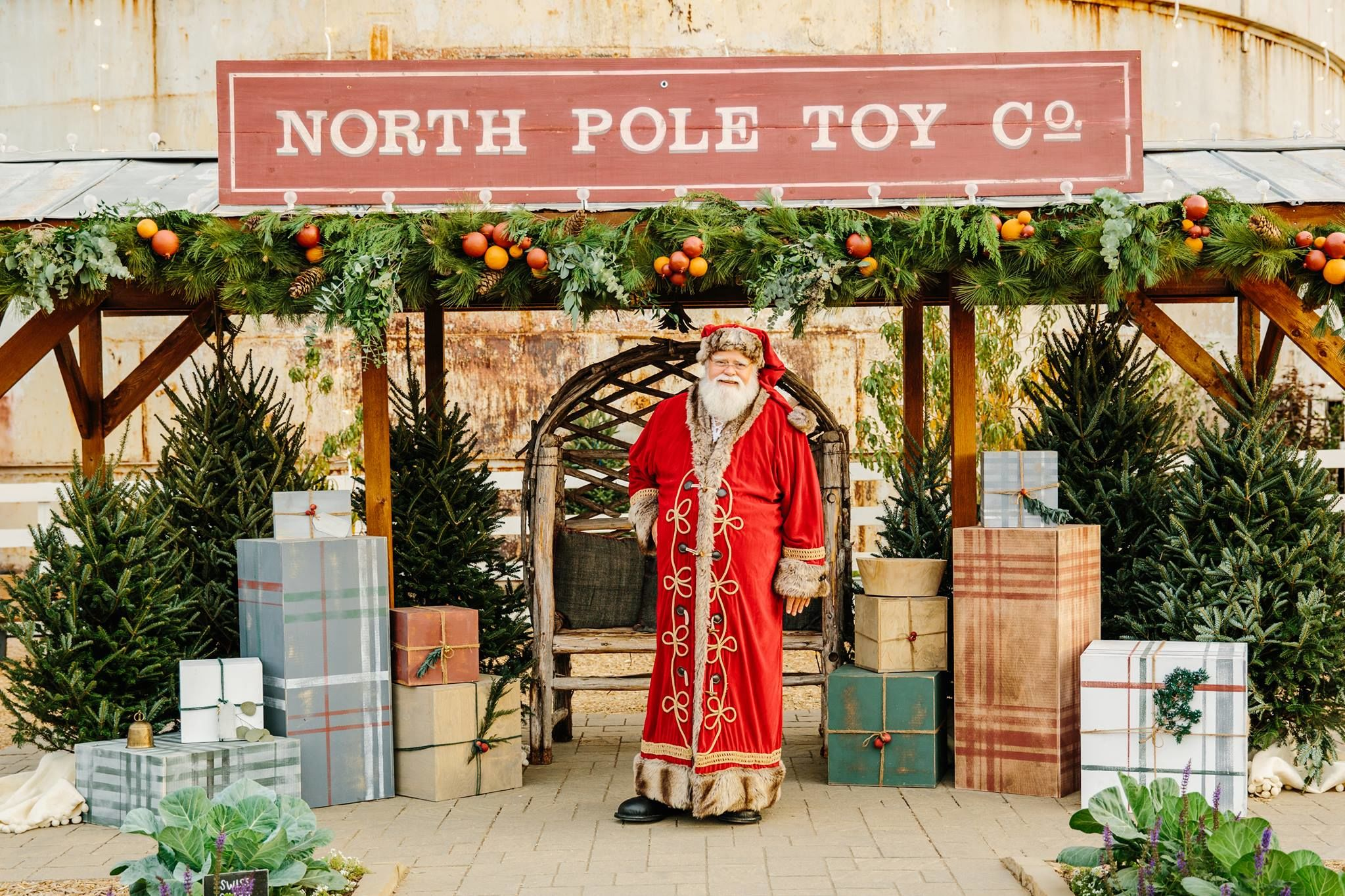 Santa Claus Is Headed to Chip and Jo's Magnolia Market in Waco