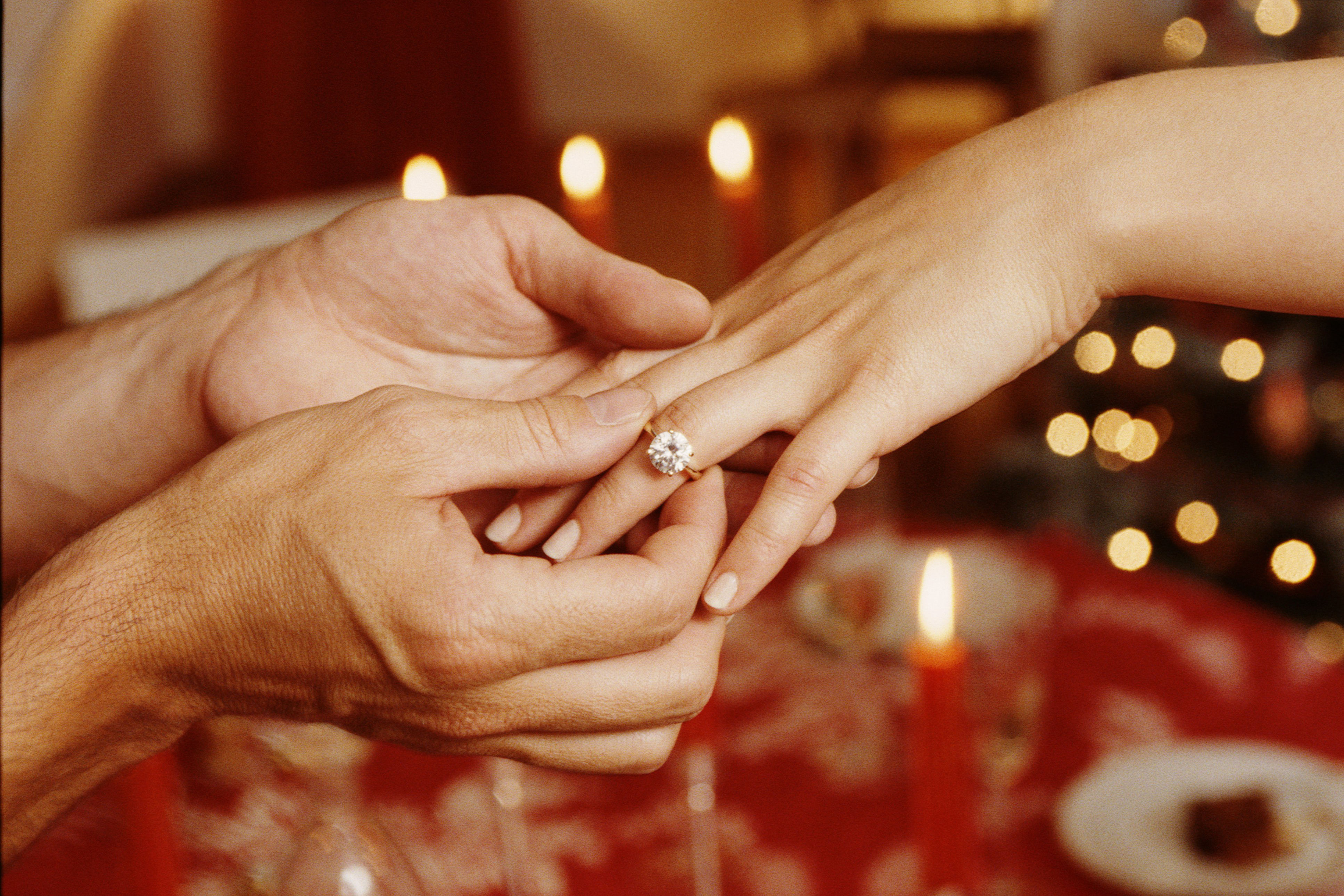 'Brides' Survey Finds the Average Couple Spent a Whopping $7,829 on an Engagement Ring in 2018