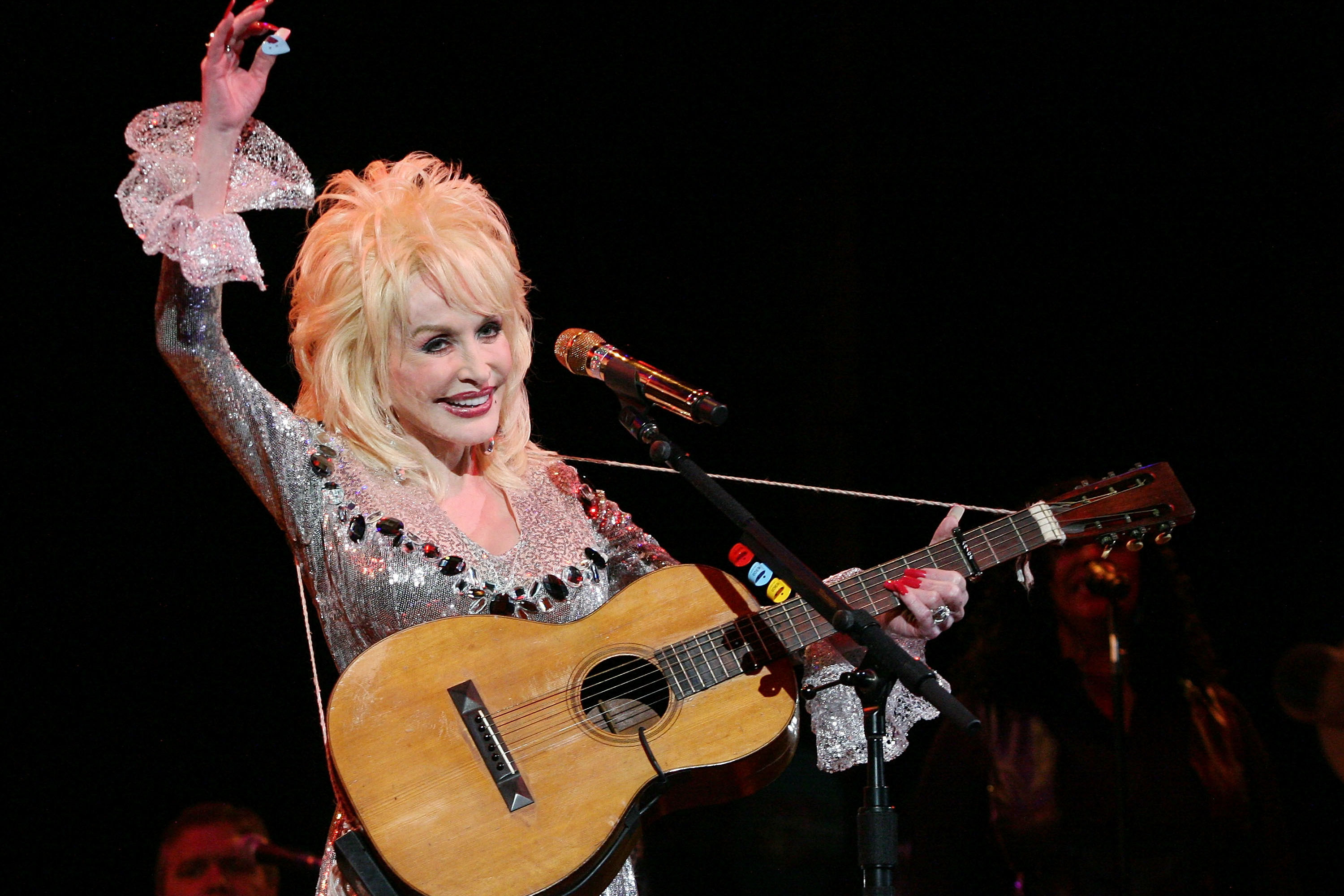 Dolly Parton Reveals an Exact Status Update for <i>9-to-5</i> Movie Sequel