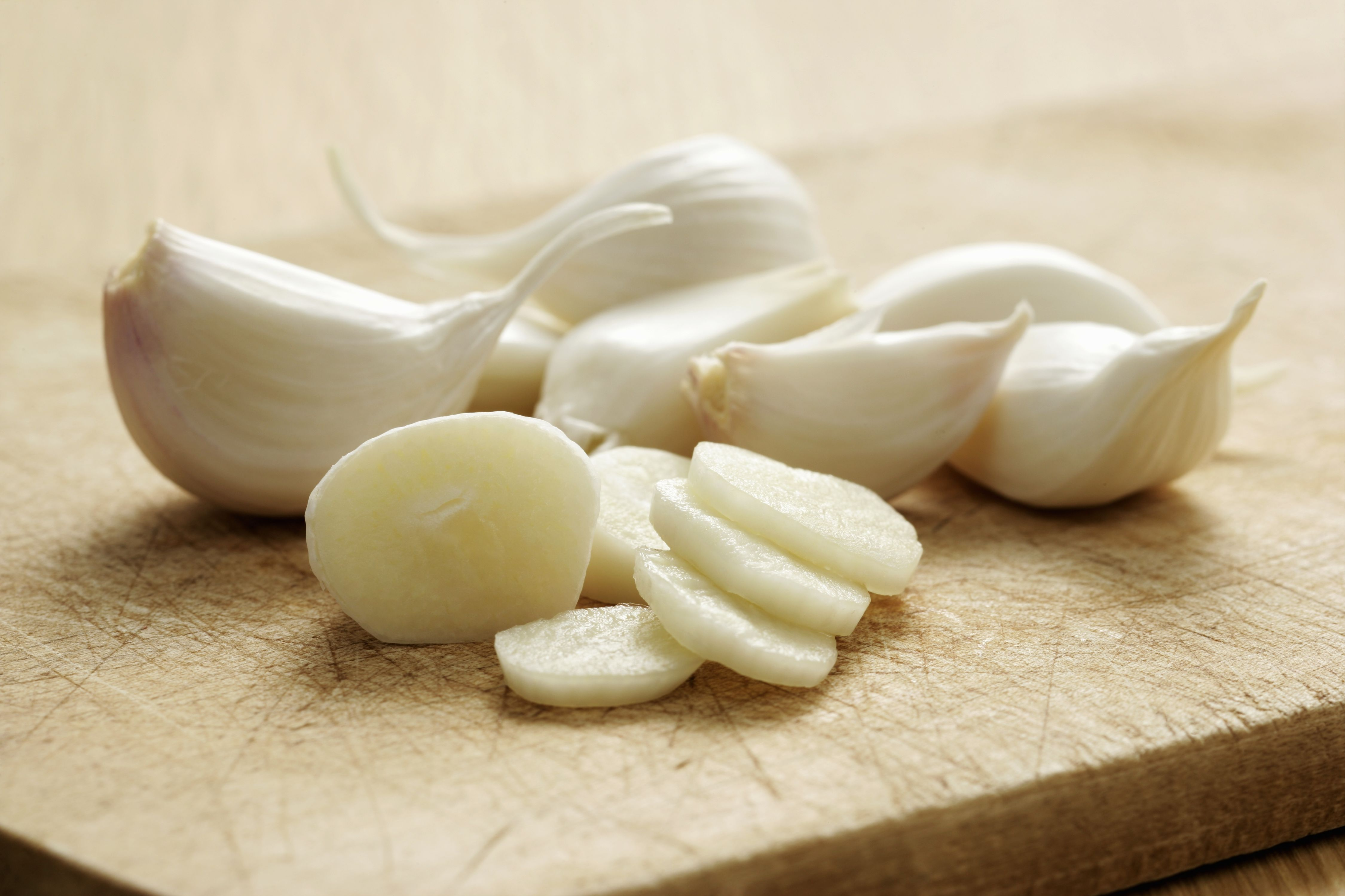 New Research Finds Eating Garlic Could Protect Memory