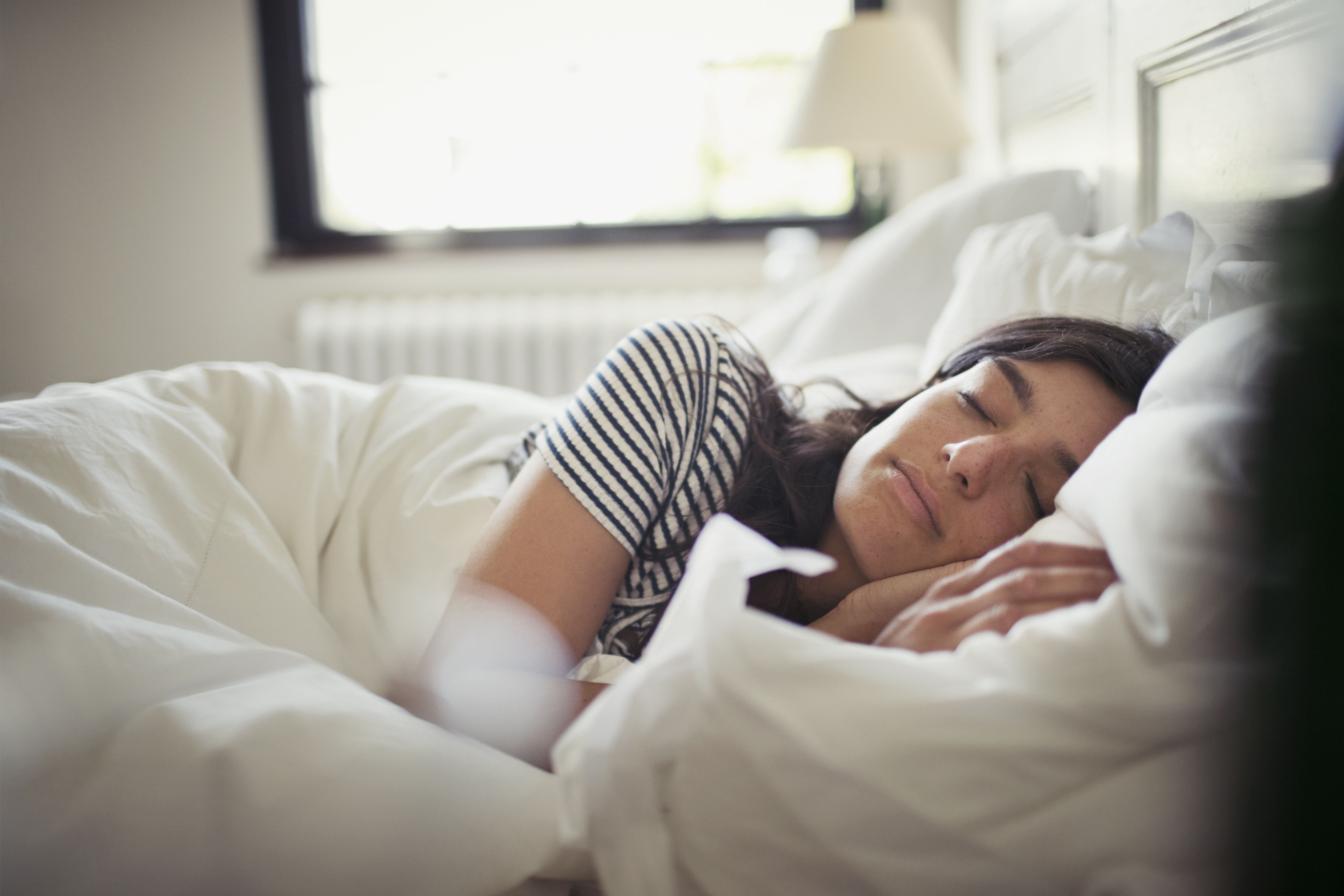 How to Stop Sleep Wrinkles from Your Pillow