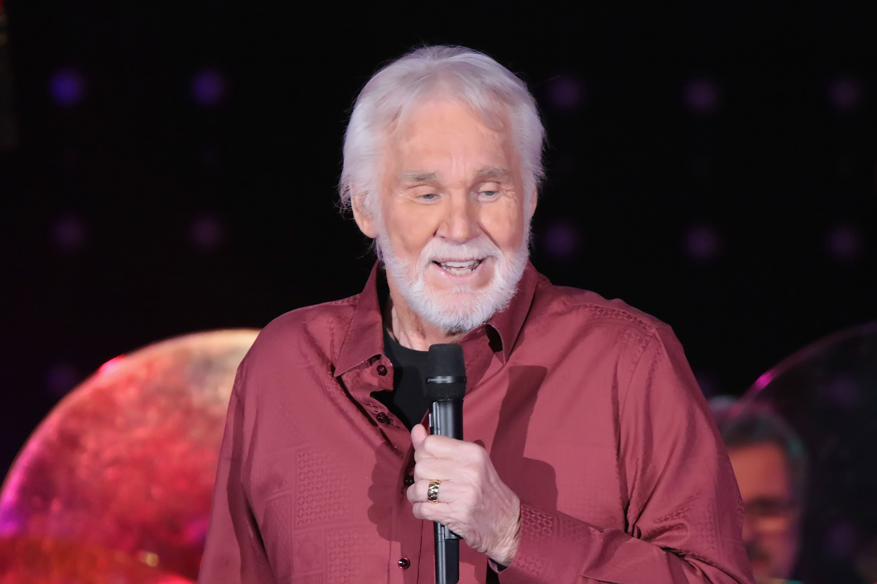 Kenny Rogers Shares Encouraging Health Update Following Tabloid Rumors