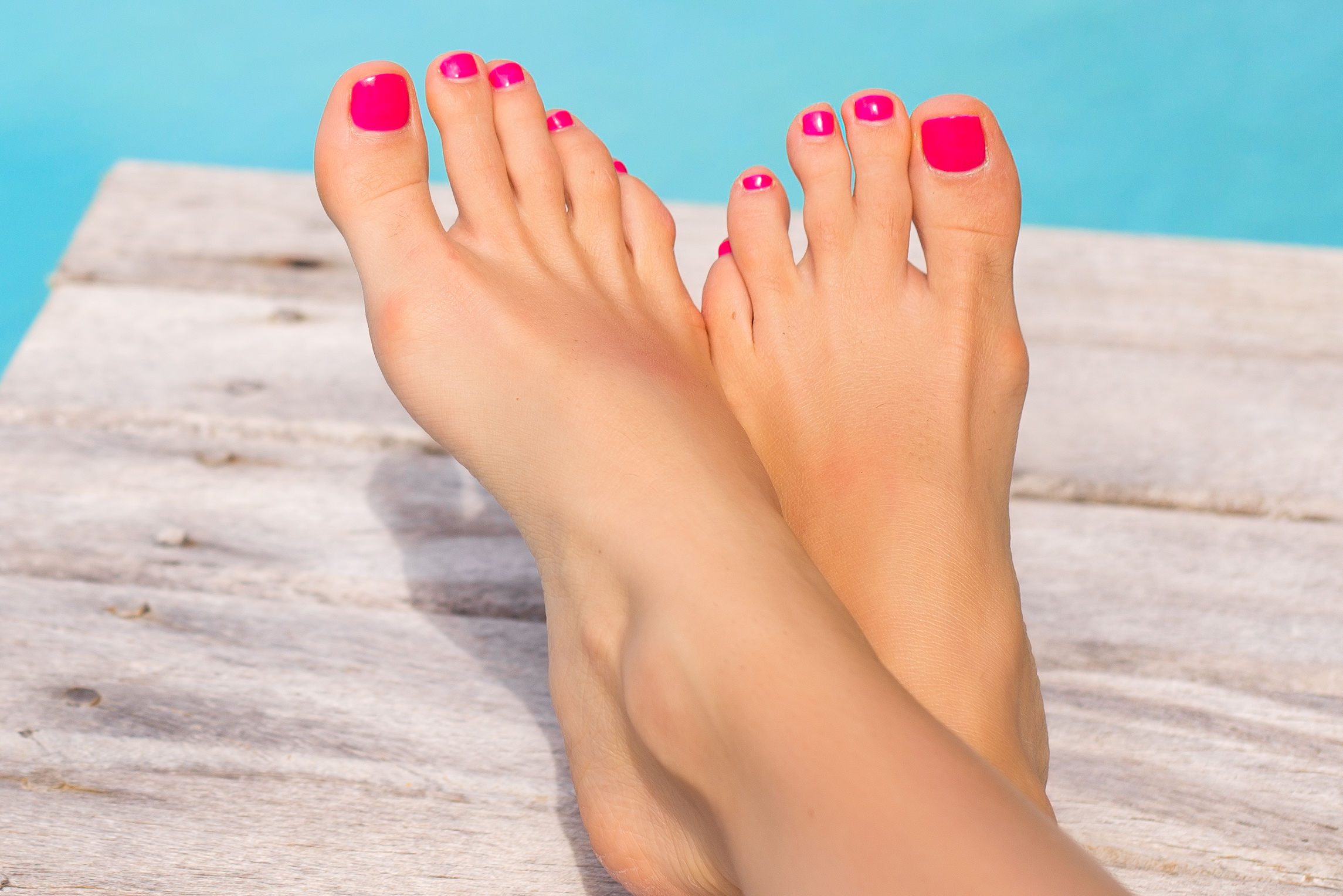 What Southern Women Really Think About Press-On Pedicures