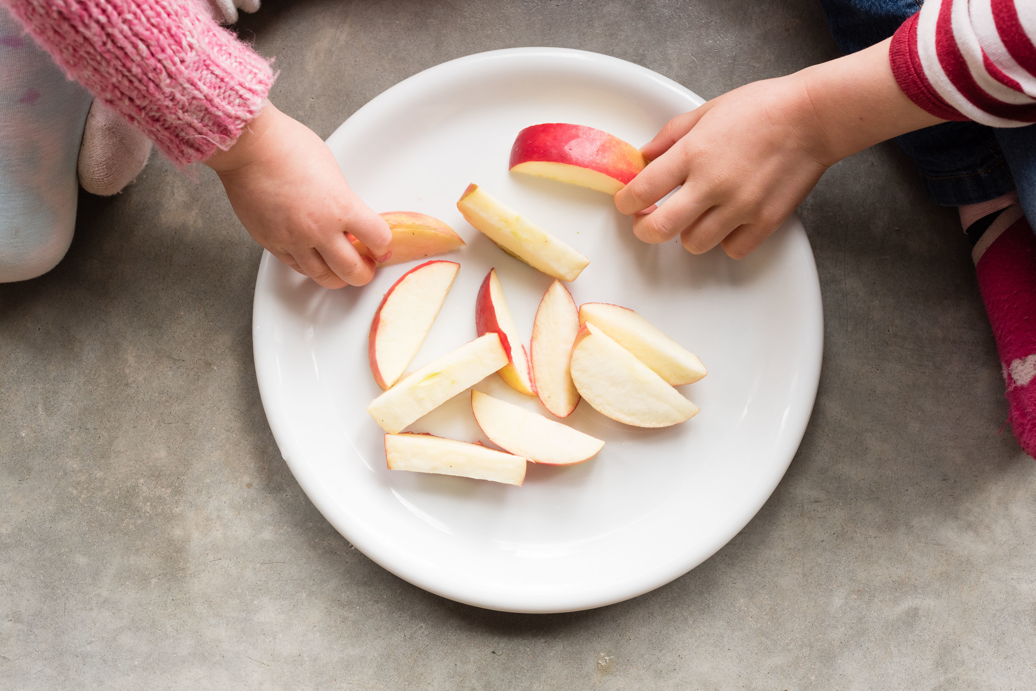 The Best Way to Keep Apples from Turning Brown