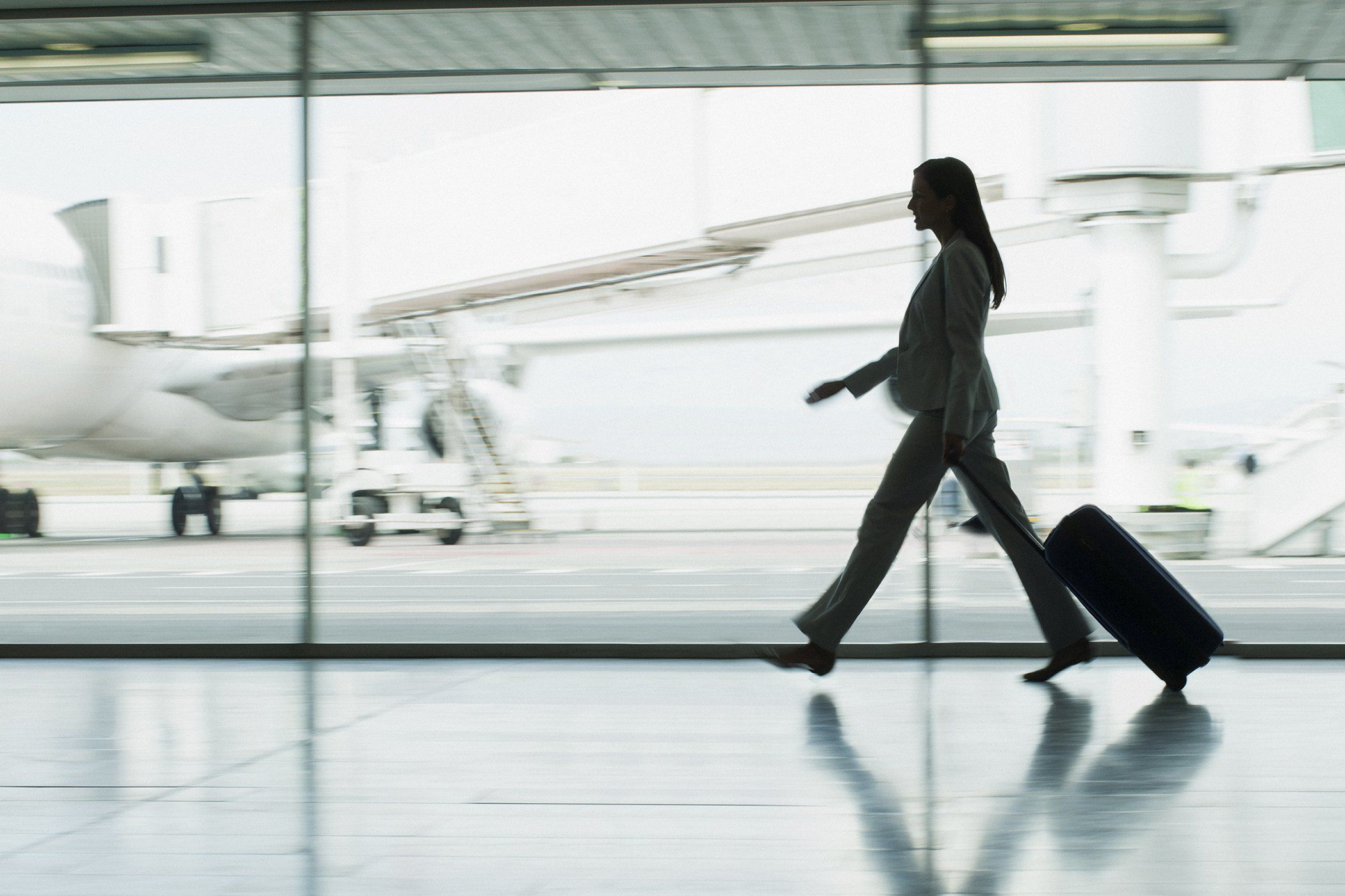6 Super-Comfortable Shoe Brands That Business Travelers Love