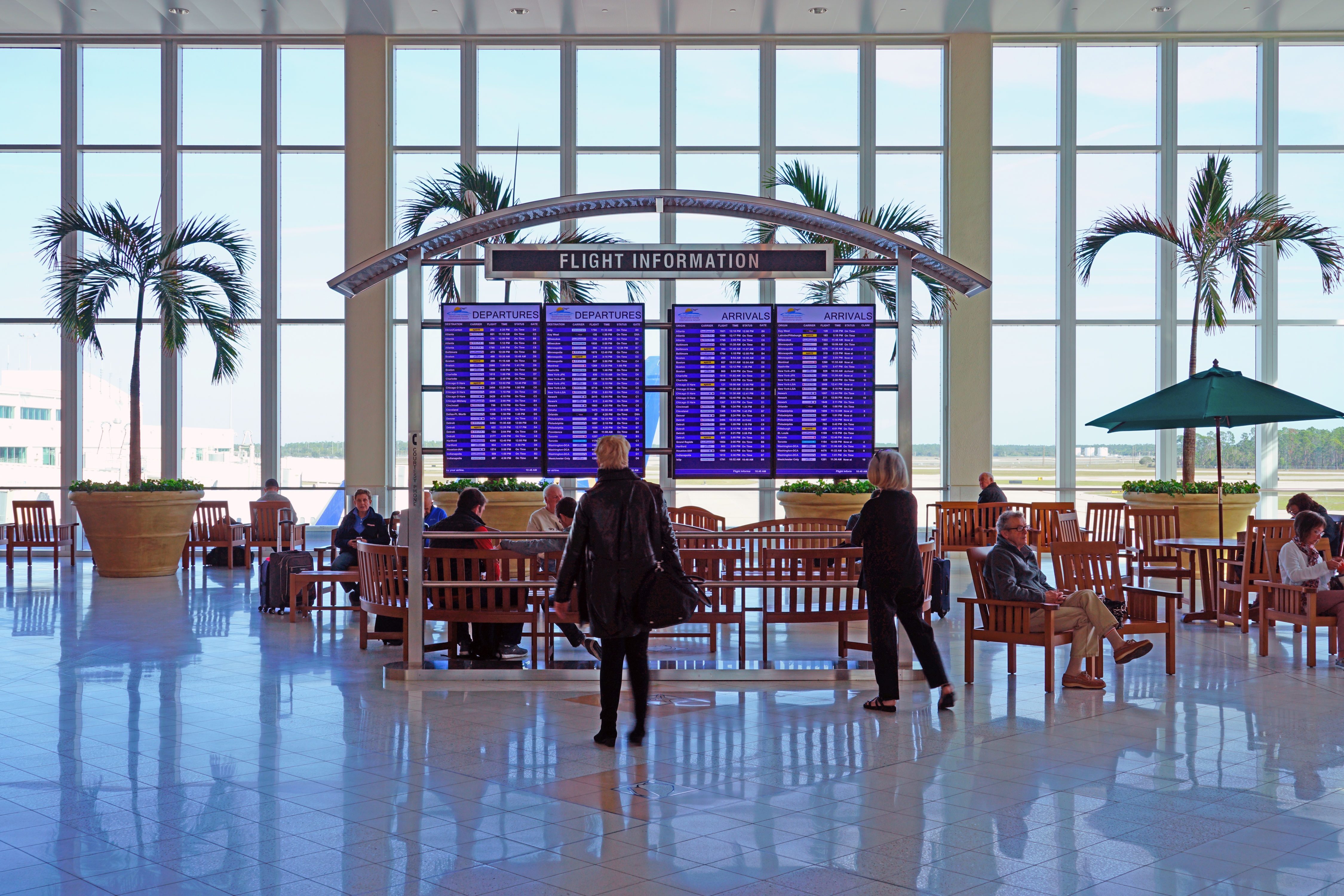How Early Should You Get to the Airport? Here's What Travel Experts Say