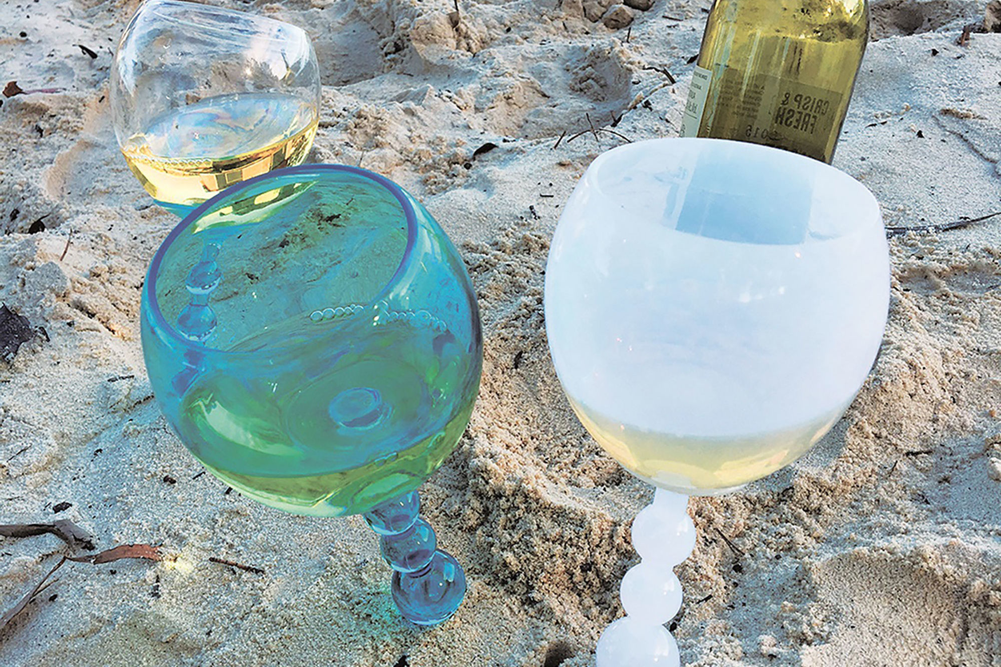 These Floating Wine Glasses From Aldi Are a Summer Essential
