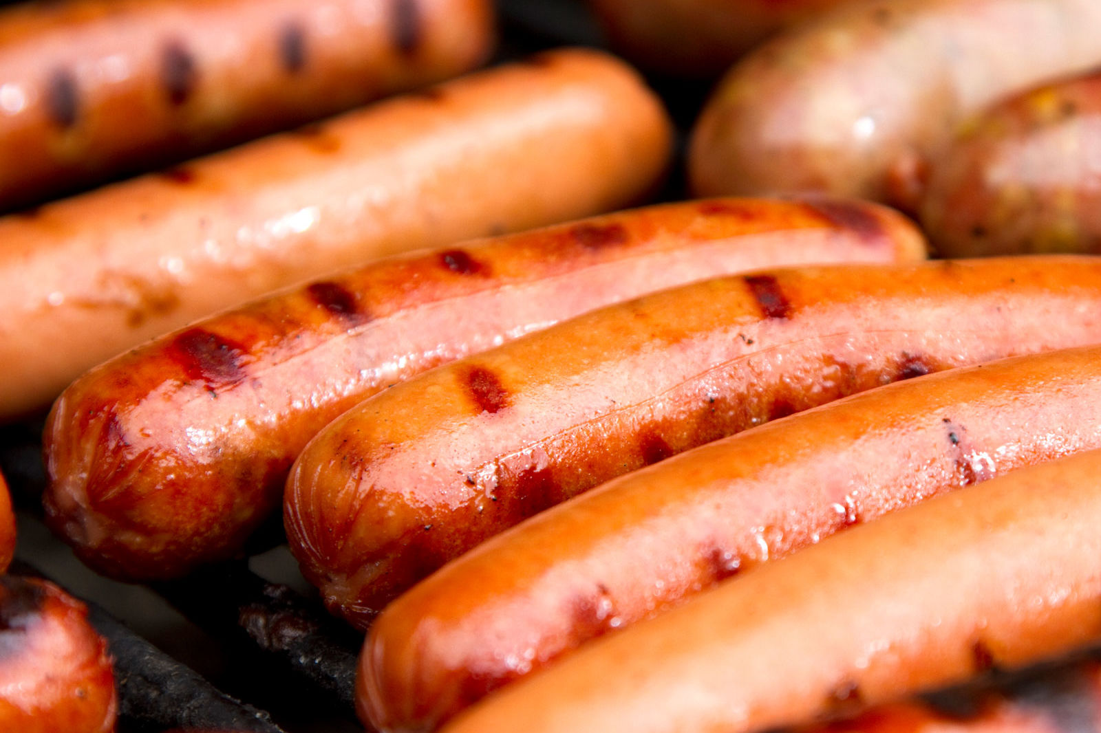 We Found a Hot Dog That Tastes Like Steak—Grilling Season Will Never Be the Same